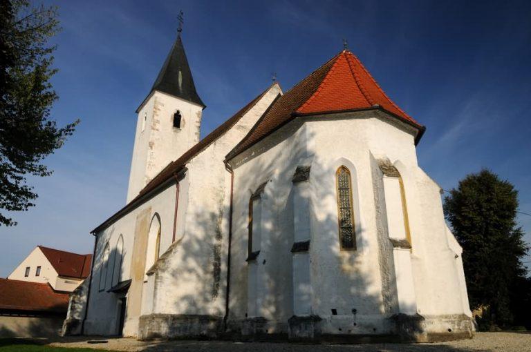 cerkev martjanci 768x510