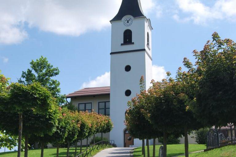cerkev sv helene rogasovci 768x512