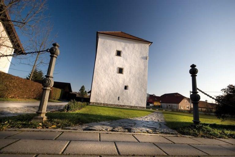grasslov stolp slovenska bistrica 768x512