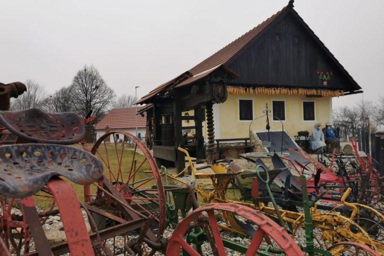 Etnološka zbirka Kranvogl