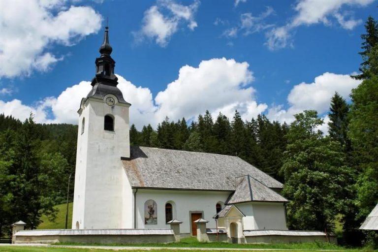 Cerkev sv. Antona Puščavnika Luče