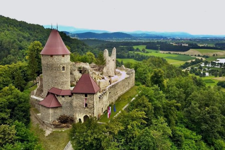 Grad Žovnek Braslovče