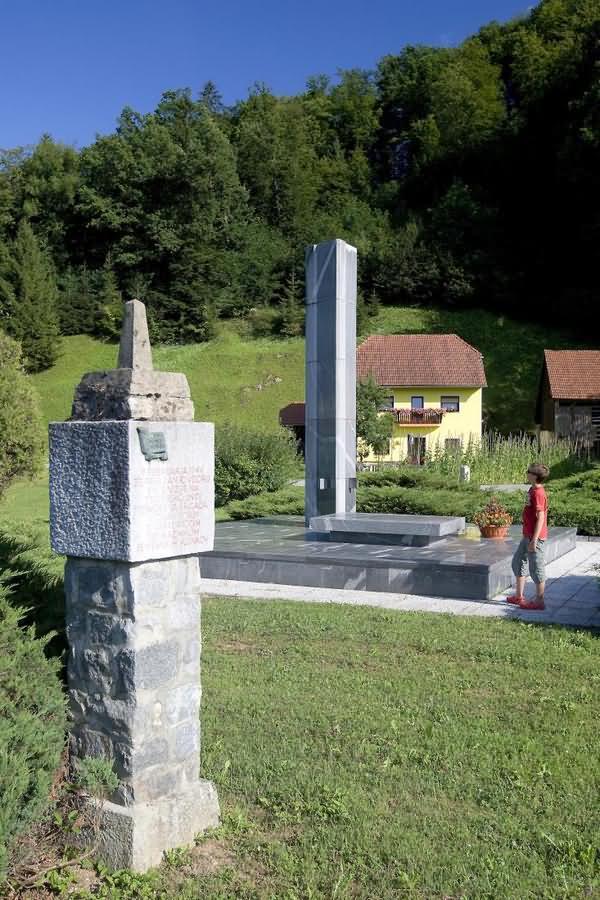 Grobišče padlih v NOB Podsreda Kozje