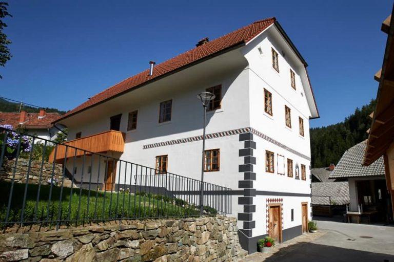 Juvanova hiša Luče